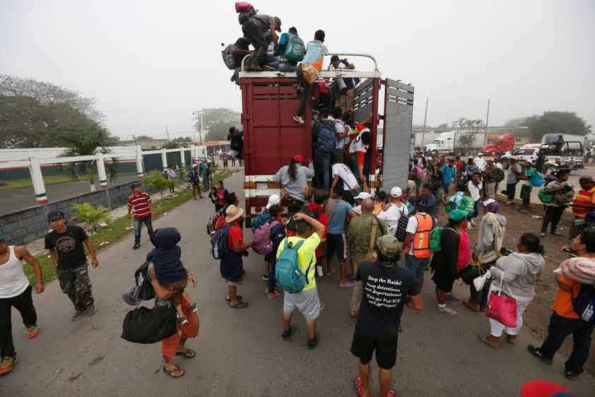 migrant-caravan_rid