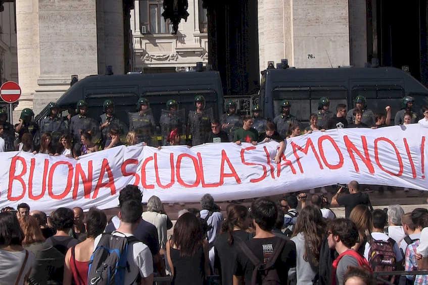 La scuola resiste e sciopera contro Renzi